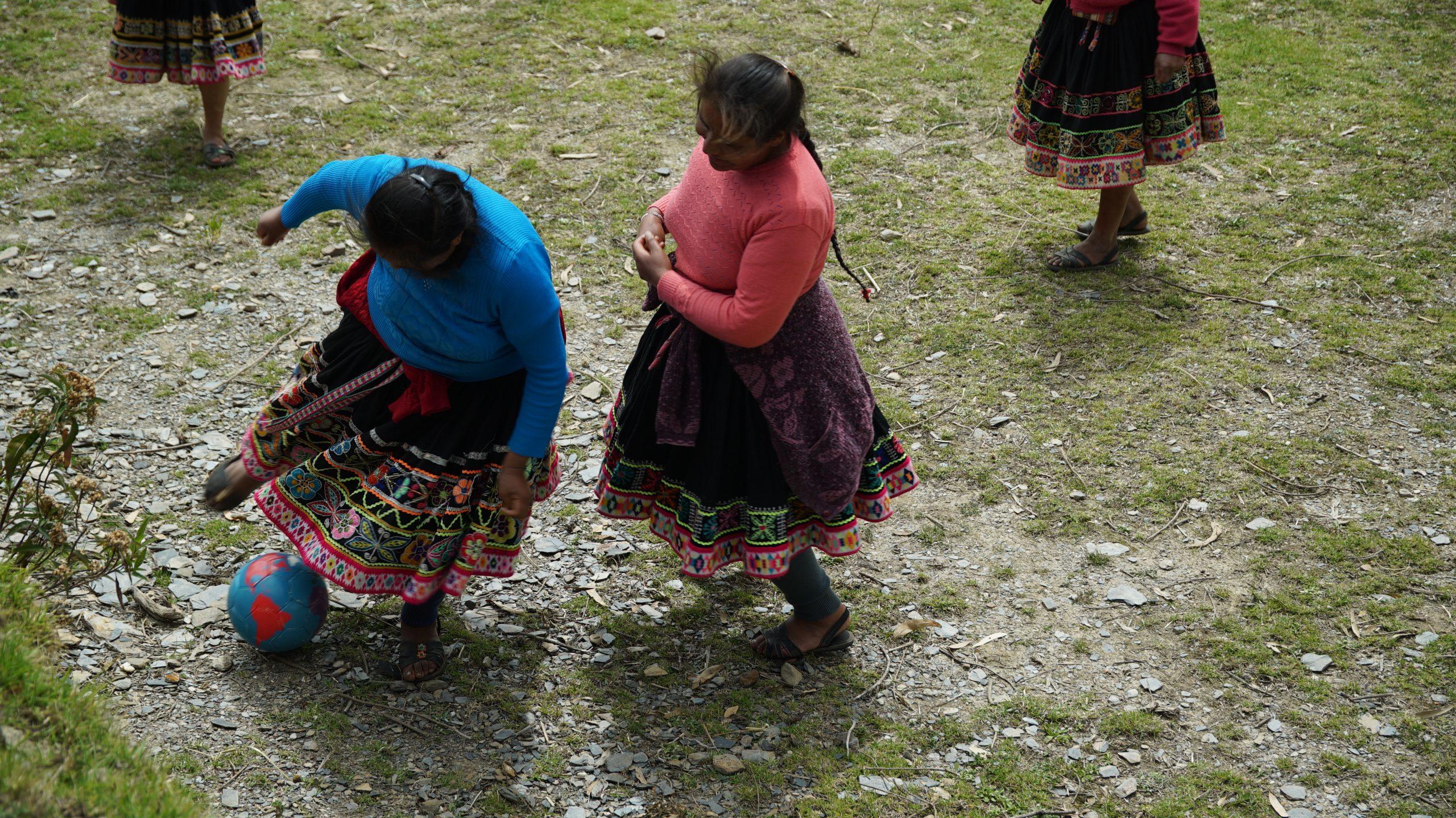 Churubamba au Pérou - little miss soccer Rencontre en terre inconnue avec Melina Boetie et Candice Prevost