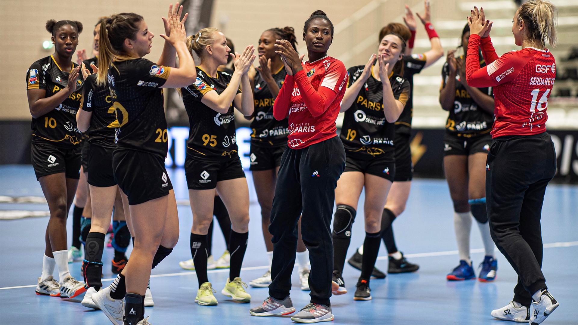 PARIS 92 EHF
