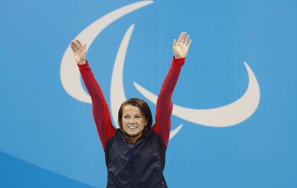 Meyer levant les bras à Rio