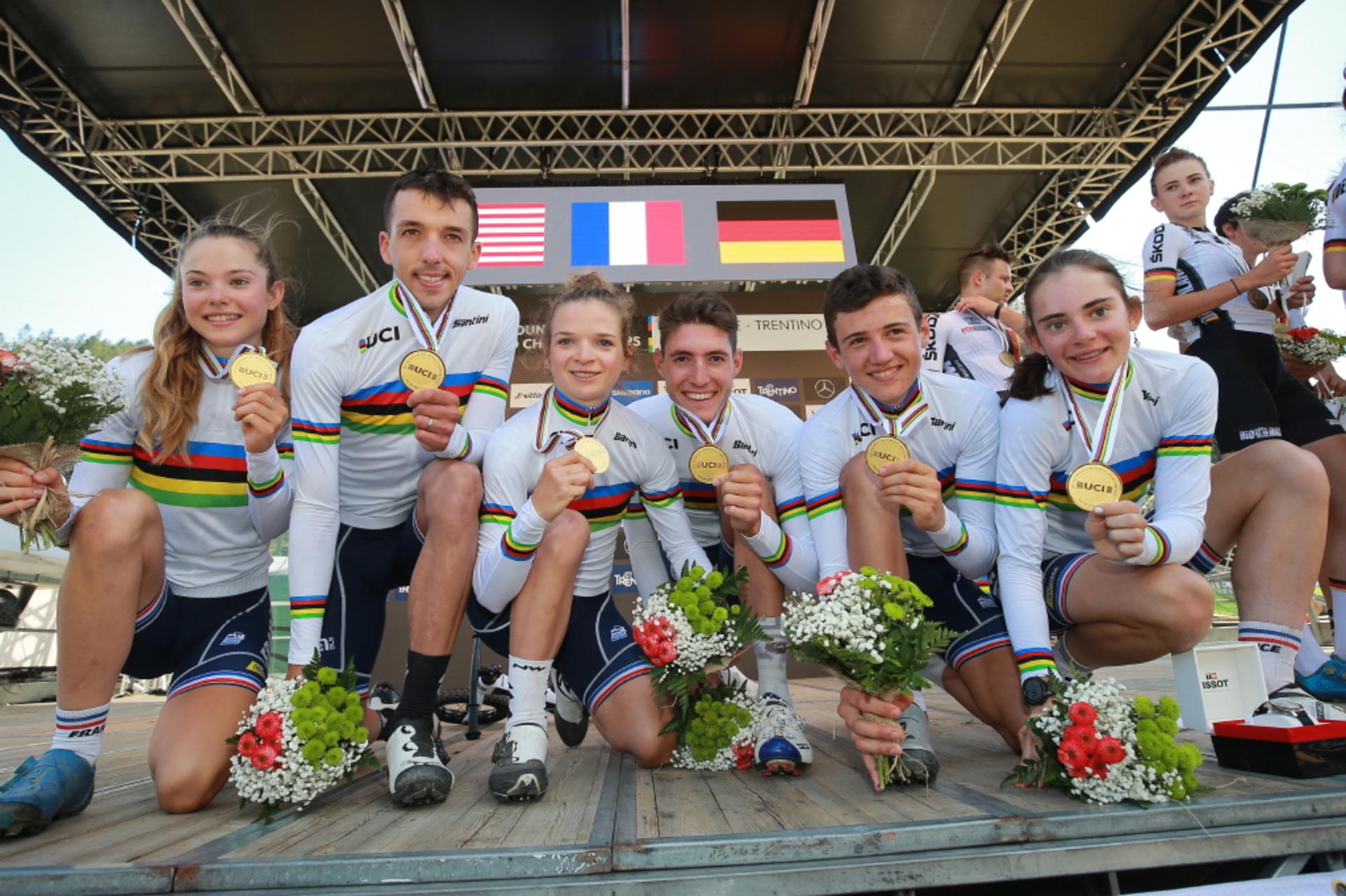L'équipe de France de VTT relai mixte est championne du monde